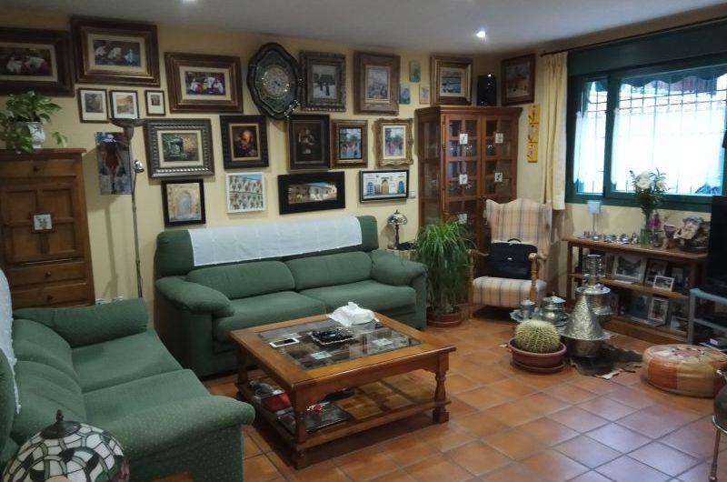 Chalet en Aranjuez en el Cortijo de San Isidro con Piscina por  250.000 Euros
