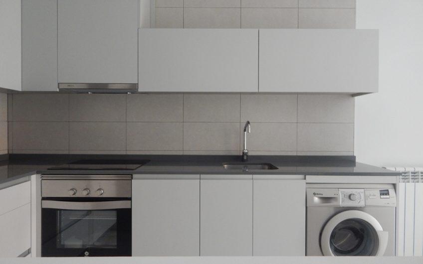 Deapi alquila apartamento de obra nueva con terraza y garaje en Ciudad Jardín