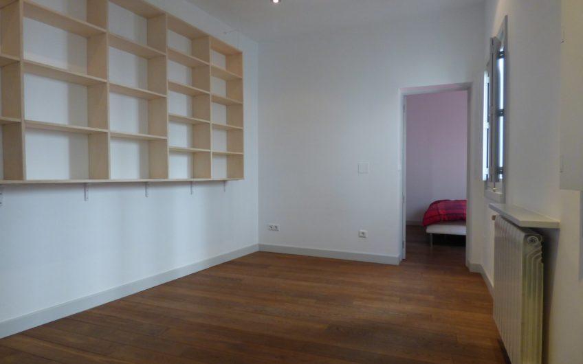 Piso en calle Espíritu Santo, Exterior 3º planta, sin ascensor. 1 dormitorio + 1 despacho, 1 baño – 5688