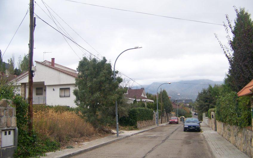 Parcela en Becerril de la Sierra