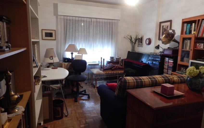 Se vende piso amplio y señorial en López de Hoyos
