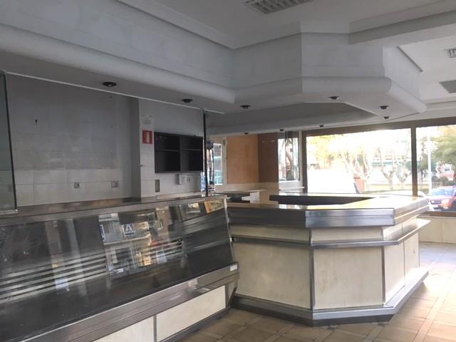 Venta de Local en Calle Constitucion de Alcobendas